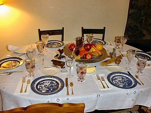 photo of table set for Thanksgiving dinner